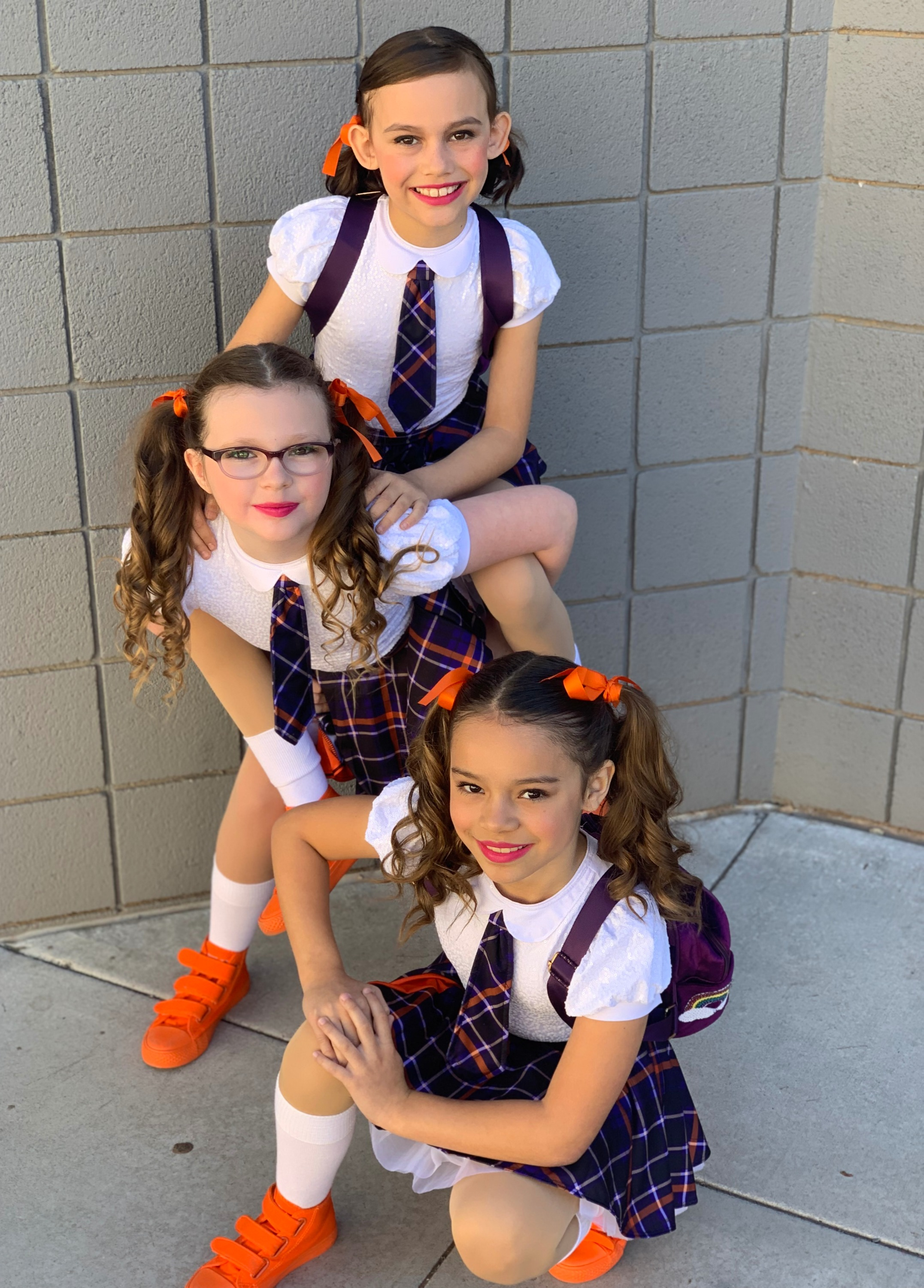 "Mini Trio ""School Girlz"""