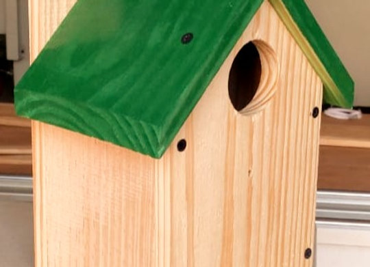 HnS Bird House for Sparrow, Robin and Other Medium and Small size Garden Birds