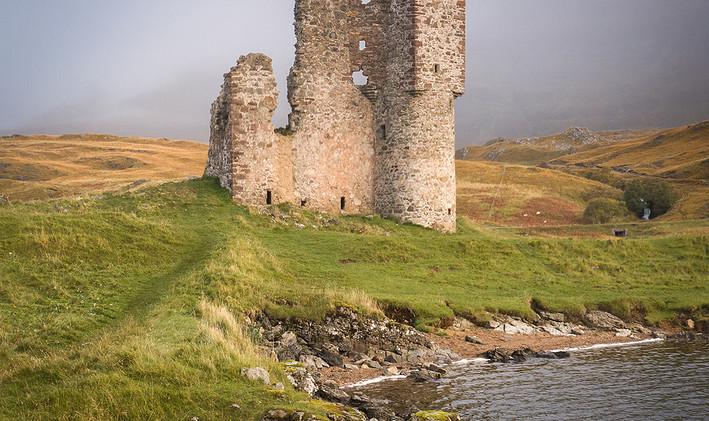 Ardvrek Castle - Lorraine Parramore