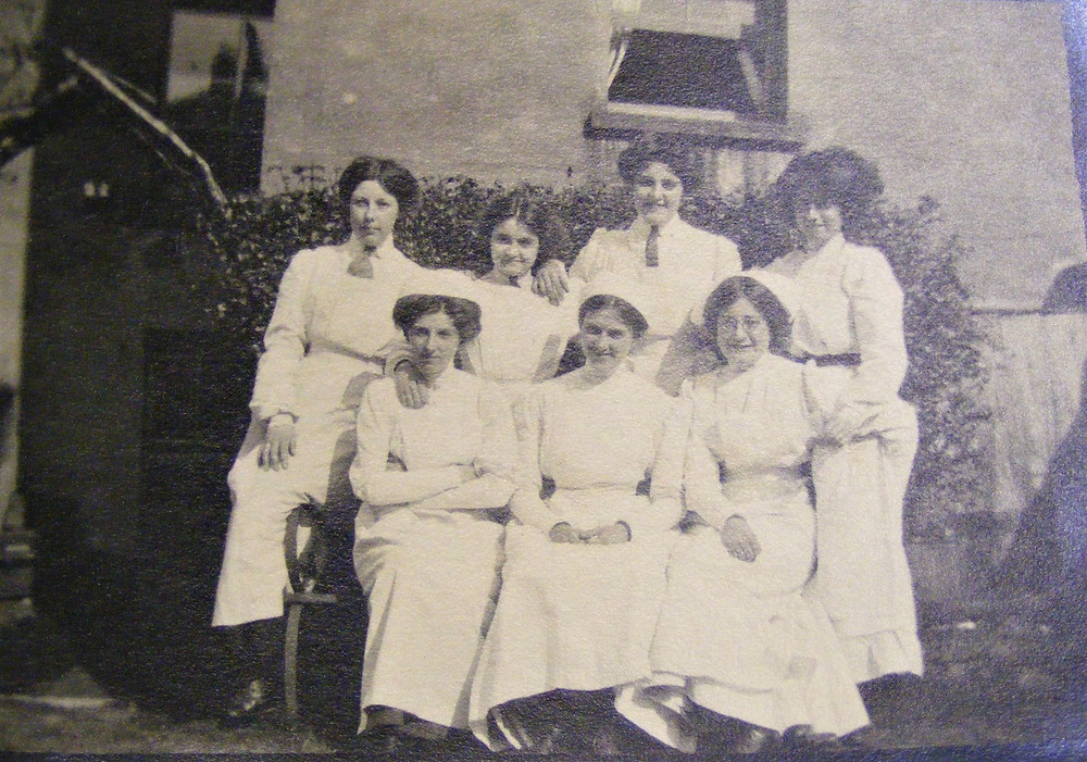 Cookery School Group (Courtesy of Herefordshire Archives & Records Centre)