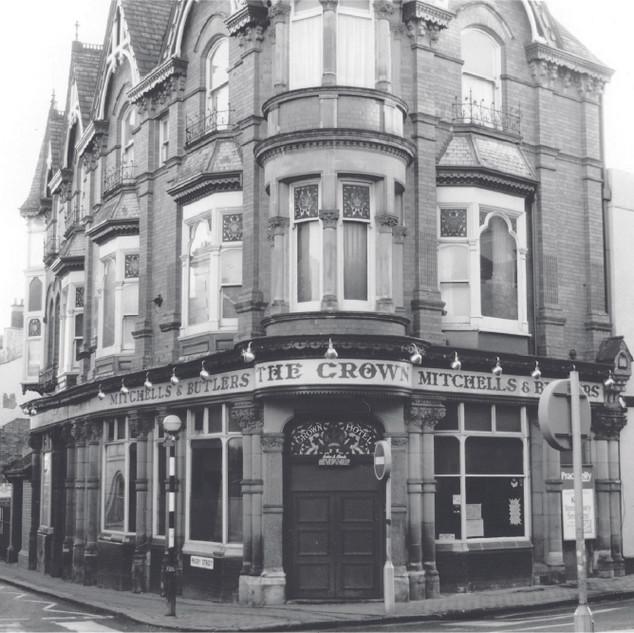 The Crown Public House c1960