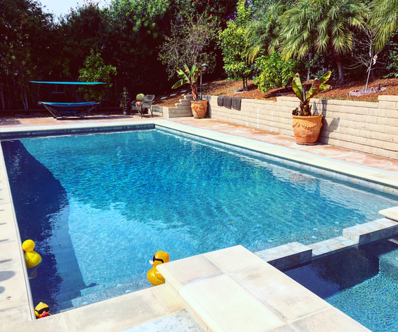 Lillywhite Pools Inc.