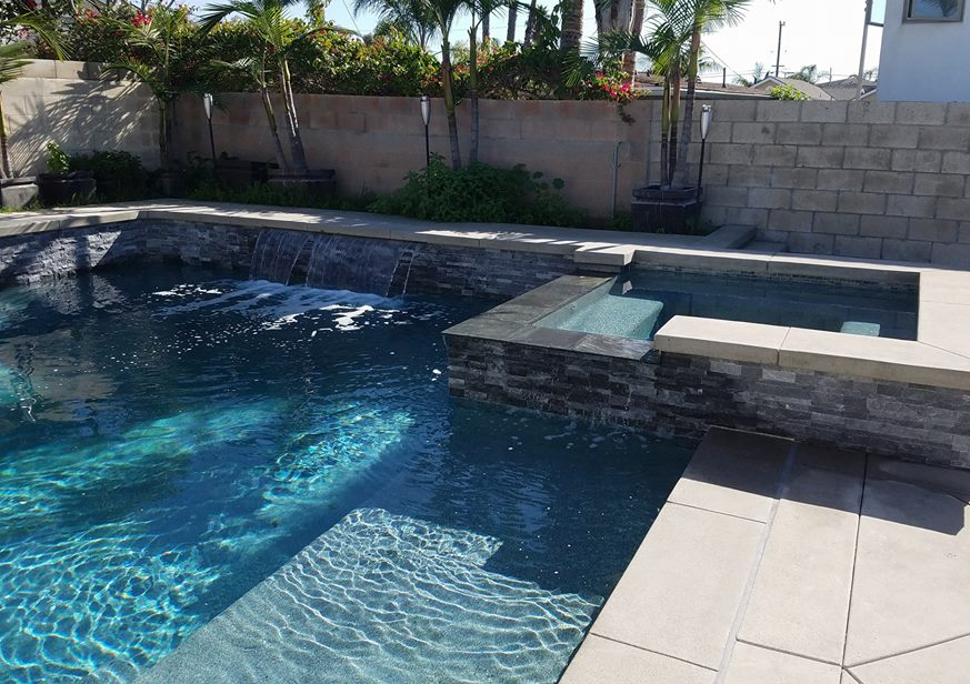 Lillywhite SoCal's Premier Pool Buil