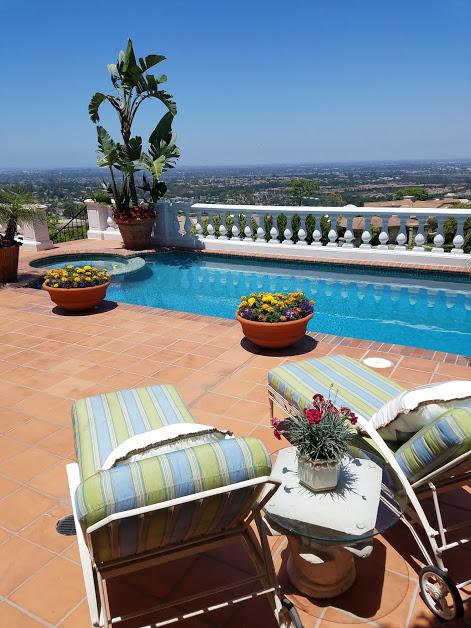 Best pools SoCal Lillywhite Pools & Plaster