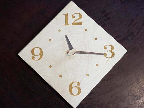 ハードメイプルの時計