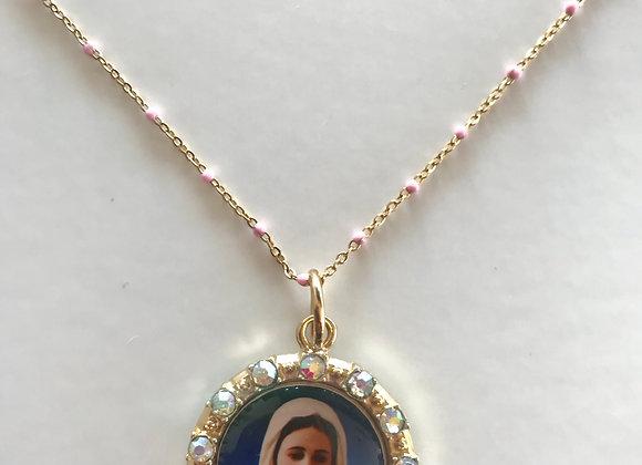 Medalla  cristales Virgen María, cadena bolitas
