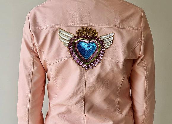 Cazadora joya rosa corazón alado