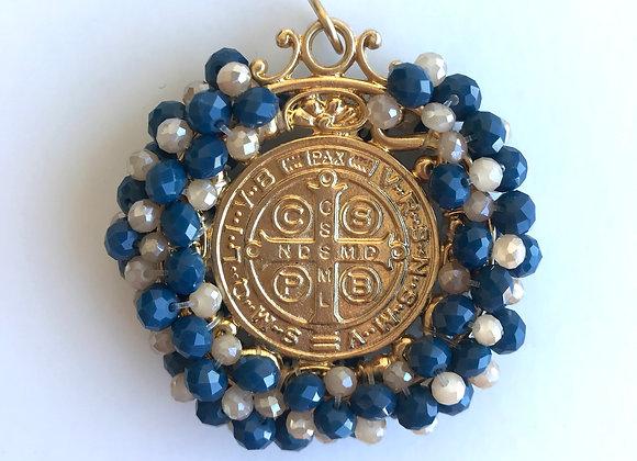Medalla San Benito XL azul marino y beig