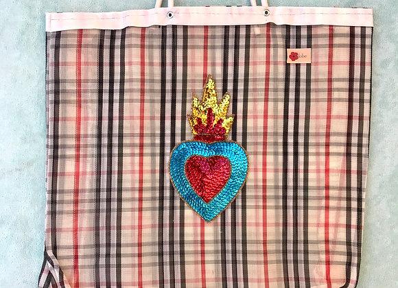 Bag cuadros ingleses con corazón de lentejuelas
