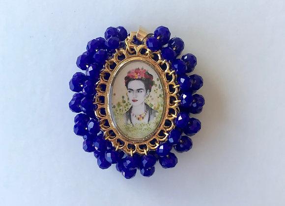 Medalla Frida azul Klein pequeña
