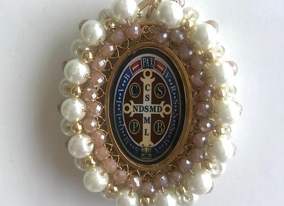 Medalla San Benito perla y rosa
