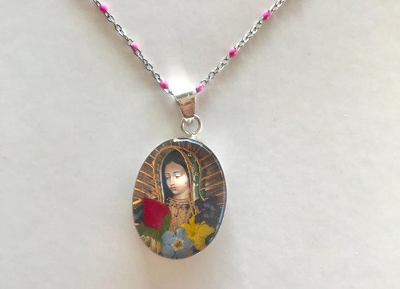 Medalla plata y de cristal de Virgen de Guadalupe