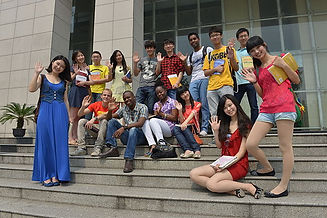 600px-SWUFE_students.jpg