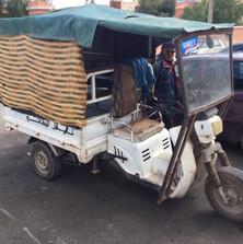transport précaire.jpg