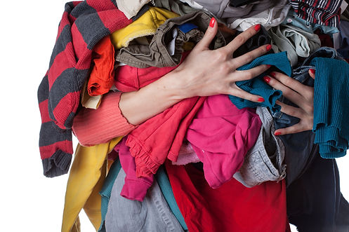 newsletter-pile-of-clothes-ts-460589747.