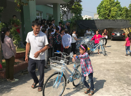 Des Vélos pour se rendre à l'école