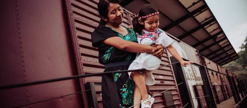 Sarah + Angie || Mamá e Hija - MIO