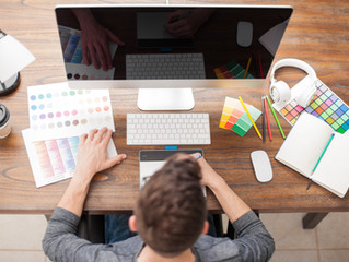 4 Reasons you should use a Graphic Designer