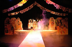 Set and costume youth theatre