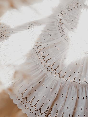 1900s-mini-white-skirt-b.png