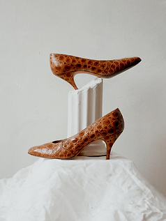 60s-croc-leather-heels-1.png