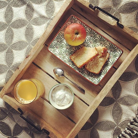 Petit déjeuner léger ce matin _ cake au