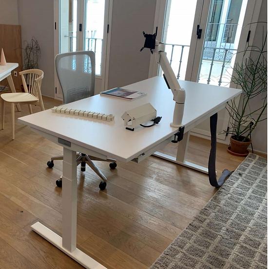 Height Adjustable Desk - 160 x 80cm