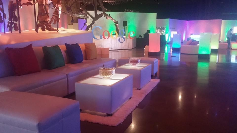 4 love sofas, 2 Led tables, 4 tabus