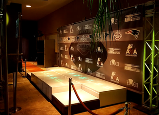 Glass LED Stage step & Repeat.