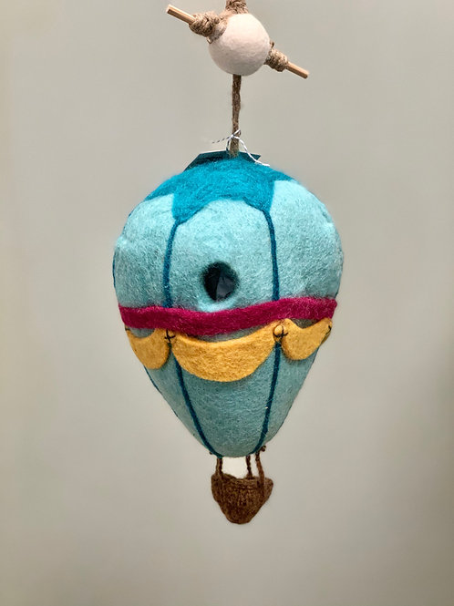 WILD WOOLIES FELT BIRDHOUSE 'HOT AIR BALLOON'