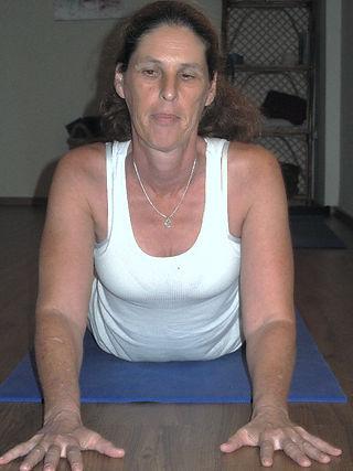 יוגה וכאבי גב