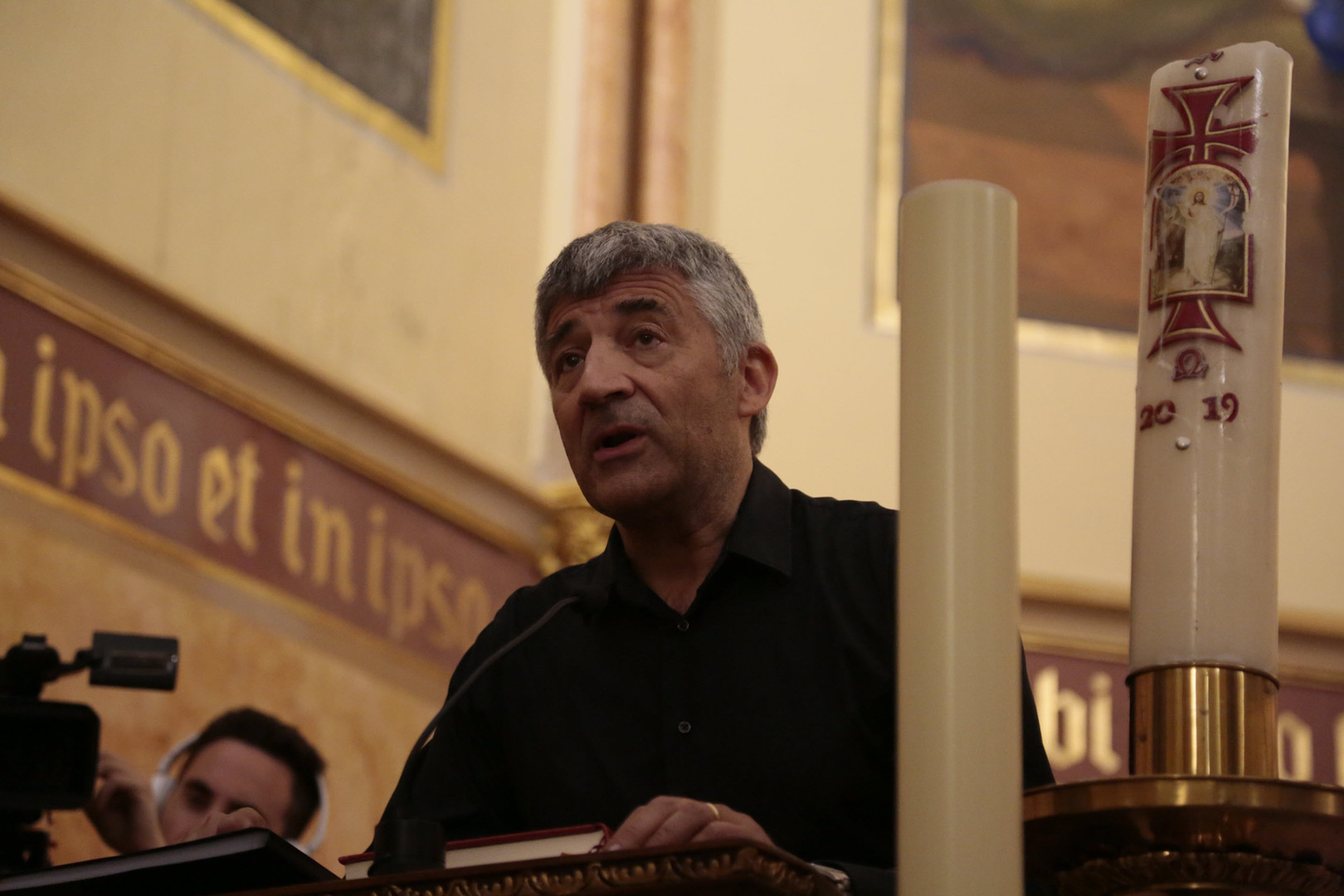 Prof.E.Gargallo, Filologia UB, miembro de la coral