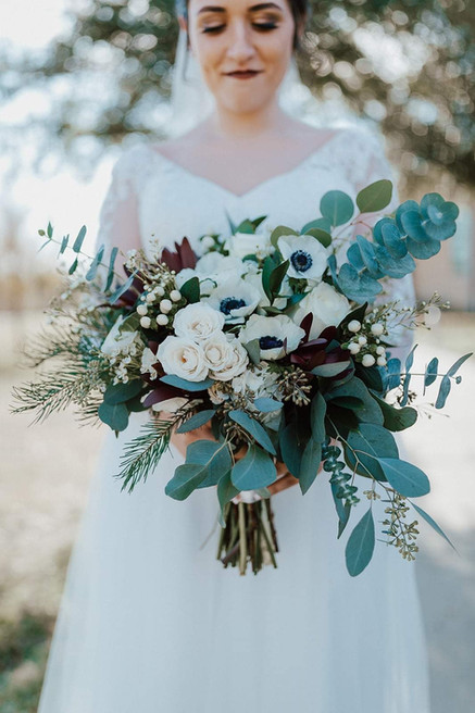 Photo by Catherine Nicole Photography  Florals by us