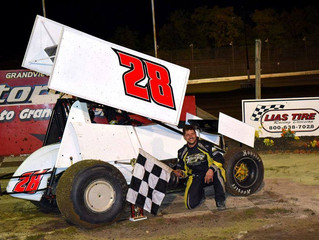 TOMMY CARBERRY EYES 2017 MID-ATLANTIC SPRINT SERIES CHAMPIONSHIP RINGOES, NJ