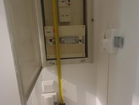 Changement du tableau électrique ainsi que du bac d'encastrement.
