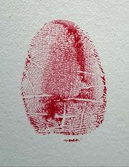 fingerabdruck-in-rot-kreativ-gestaltet.jpg