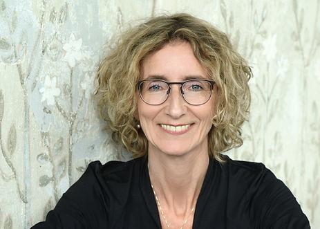 Anne Stümke Dipl.-Kunsttherapeutin und Künstlerin Ravensburg