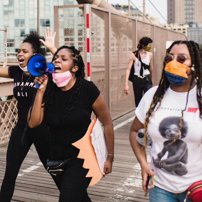 On the Brooklyn Bridge, Black Women Leads A Protest