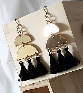 11-5-20%20Tassel%20Earrings%20Bijoux_edi