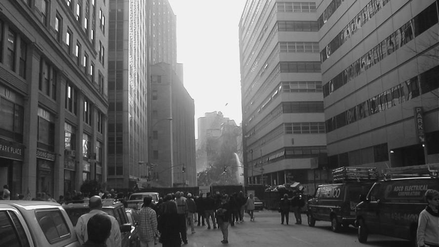 Images of Ground Zero (2001)