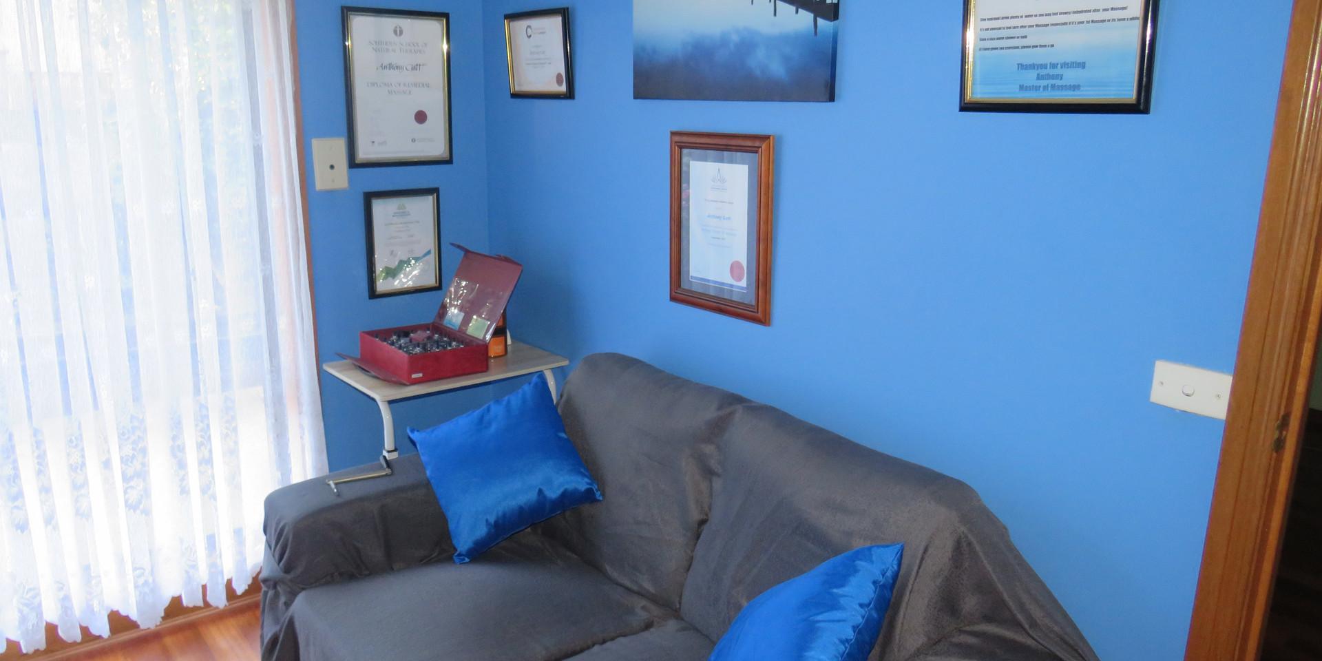 Treatment Room Photo (2/6)