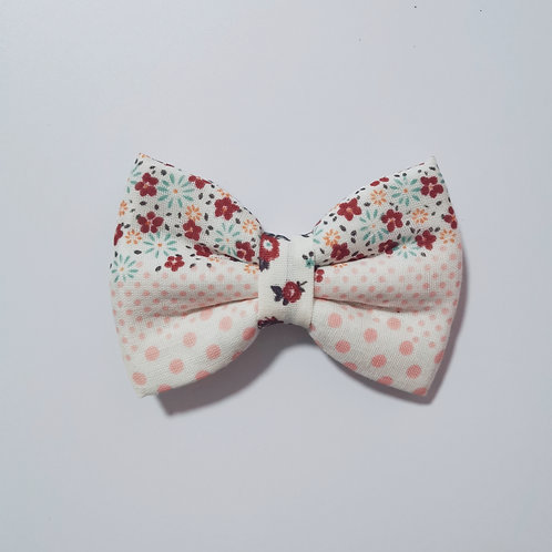 Sweet Rose Bow Tie