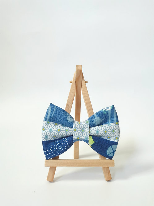 Kero Kero Blue Horizontal Bow Tie
