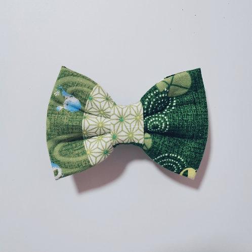 Green Kero Kero Vertical Bow Tie