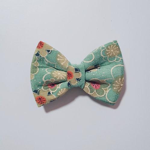 Green Hana Bow Tie