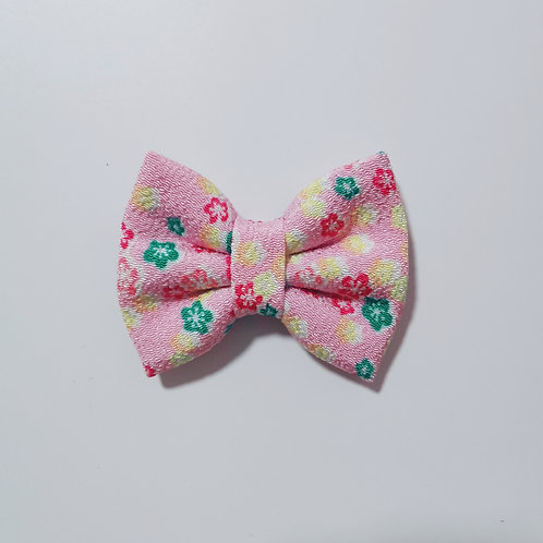 Light Pink Multifloral Bow Tie