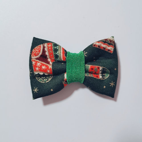 Green Christmas Bow Tie