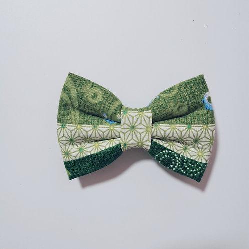 Green Kero Kero Vertical Bow Tieのコピー
