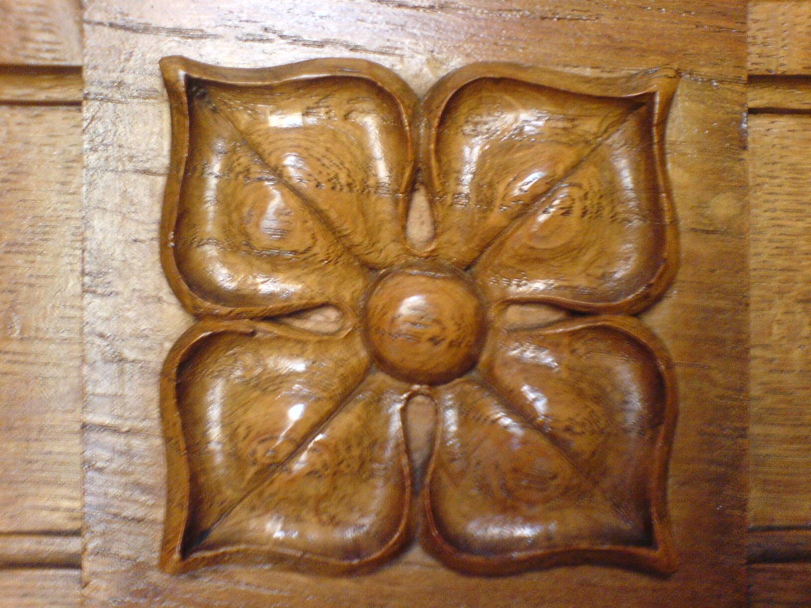 oak-panelling_2874319777_o