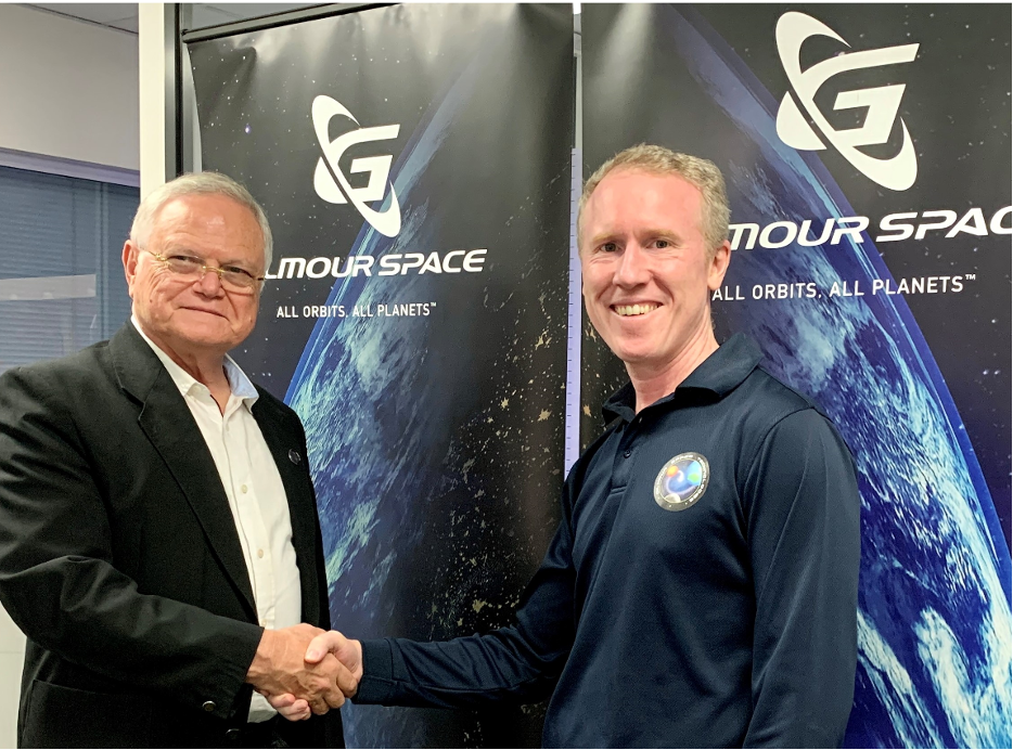 Pictured here, Dr. Ben Greene, CEO of Electro Optic Systems (EOS) and Adam Gilmour, CEO of Gilmour Space finalize the MOU with a handshake. EOS is a strategic investor in SpaceLink and supports the company with advanced optical communications technology.